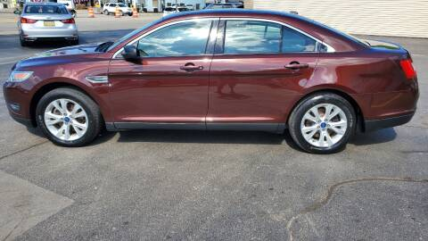 2010 Ford Taurus for sale at Appleton Motorcars Sales & Service in Appleton WI