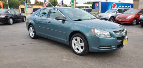 2009 Chevrolet Malibu for sale at Appleton Motorcars Sales & Svc in Appleton WI