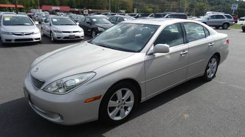 2005 Lexus ES 330 for sale at Driven Pre-Owned in Lenoir NC