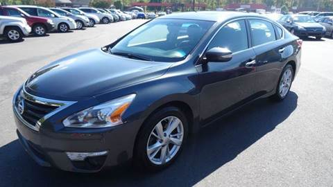 2013 Nissan Altima for sale at Driven Pre-Owned in Lenoir NC