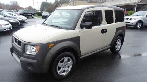 2005 Honda Element for sale at Driven Pre-Owned in Lenoir NC