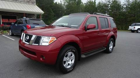 2007 Nissan Pathfinder for sale at Driven Pre-Owned in Lenoir NC
