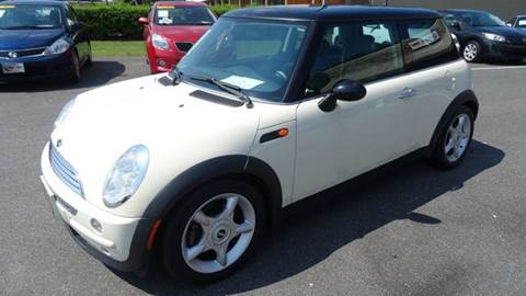 2004 MINI Cooper for sale at Driven Pre-Owned in Lenoir NC