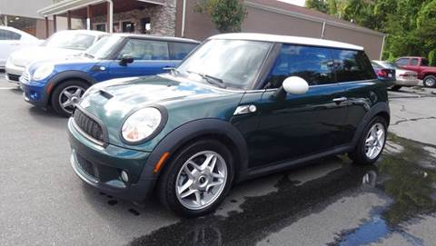 2007 MINI Cooper for sale at Driven Pre-Owned in Lenoir NC