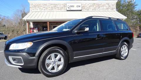 2009 Volvo XC70 for sale at Driven Pre-Owned in Lenoir NC
