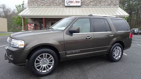 2008 Lincoln Navigator for sale at Driven Pre-Owned in Lenoir NC