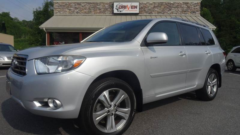 2008 Toyota Highlander for sale at Driven Pre-Owned in Lenoir NC