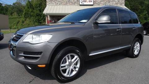 2008 Volkswagen Touareg 2 for sale at Driven Pre-Owned in Lenoir NC