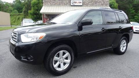 2009 Toyota Highlander for sale at Driven Pre-Owned in Lenoir NC
