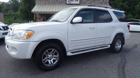 2005 Toyota Sequoia for sale at Driven Pre-Owned in Lenoir NC