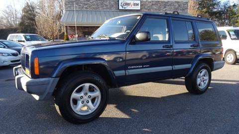 2000 Jeep Cherokee for sale at Driven Pre-Owned in Lenoir NC