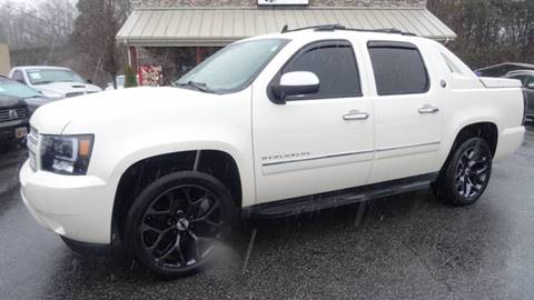 2013 Chevrolet Avalanche for sale at Driven Pre-Owned in Lenoir NC