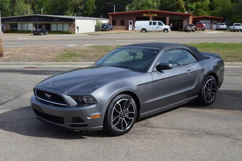 2014 Ford Mustang V6 2dr Convertible - Tupelo MS