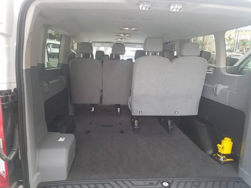 2017 Ford Transit-350 350 XLT 60/40 Side D