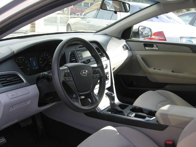 2017 Hyundai Sonata SE 4dr Sedan PZEV - Hawthorne CA