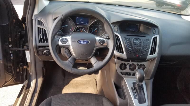2014 Ford Focus SE 4dr Sedan - Hawthorne CA