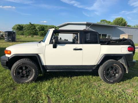 2008 Toyota FJ Cruiser for sale at Sam Buys in Beaver Dam WI