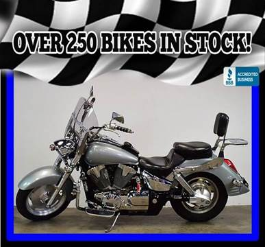2005 Honda VTX1300R for sale at AZMotomania.com in Mesa AZ