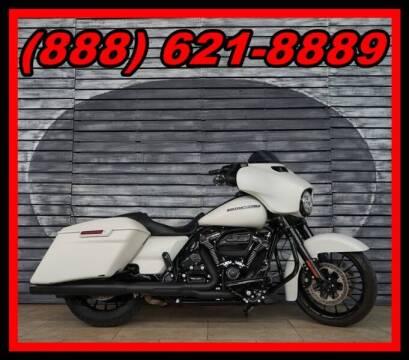 2018 Harley-Davidson Street Glide for sale at AZMotomania.com in Mesa AZ