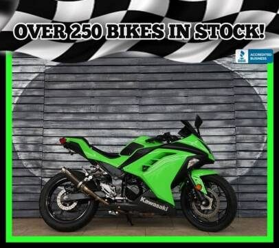 2015 Kawasaki Ninja 300 for sale at AZMotomania.com in Mesa AZ
