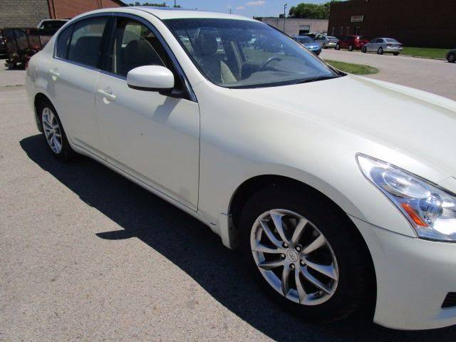 2008 Infiniti G35 for sale at CLINTONVILLE CAR SALES in Columbus OH