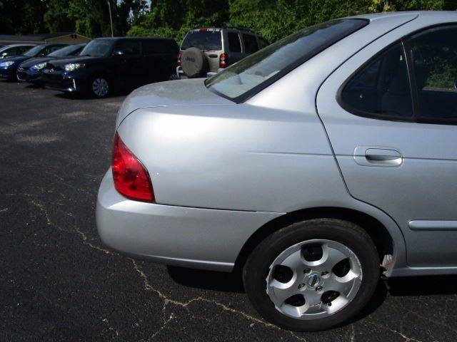 2006 Nissan Sentra for sale at CLINTONVILLE CAR SALES in Columbus OH