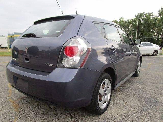 2009 Pontiac Vibe for sale at CLINTONVILLE CAR SALES in Columbus OH