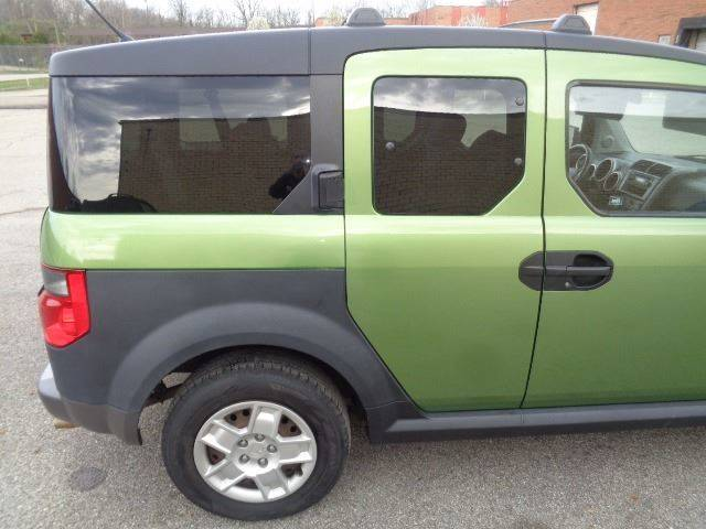 2006 Honda Element for sale at CLINTONVILLE CAR SALES in Columbus OH