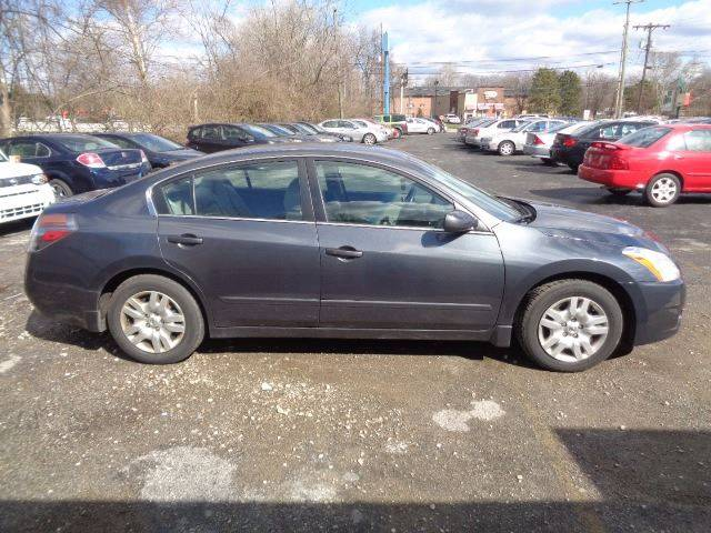 2011 Nissan Altima for sale at CLINTONVILLE CAR SALES in Columbus OH