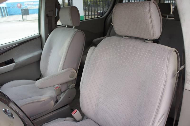 2004 Nissan Quest 3.5 SE 4dr Mini-Van - Miami FL