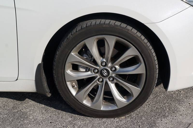 2012 Hyundai Sonata SE 4dr Sedan 6A - Miami FL