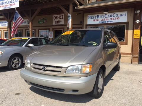 2000 Toyota Sienna for sale in Sugar Creek, MO