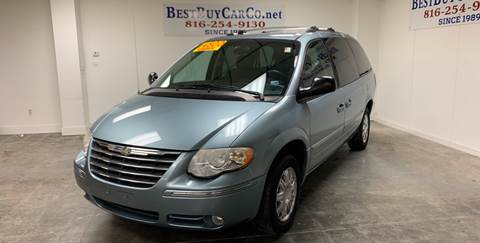 2006 Chrysler Town and Country for sale in Independence, MO