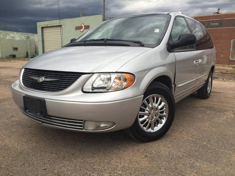2003 chrysler town and country limited 4dr extended mini van in aurora. Cars Review. Best American Auto & Cars Review