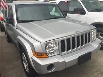 2006 Jeep Commander for sale at Sam's Auto Sales in Houston TX