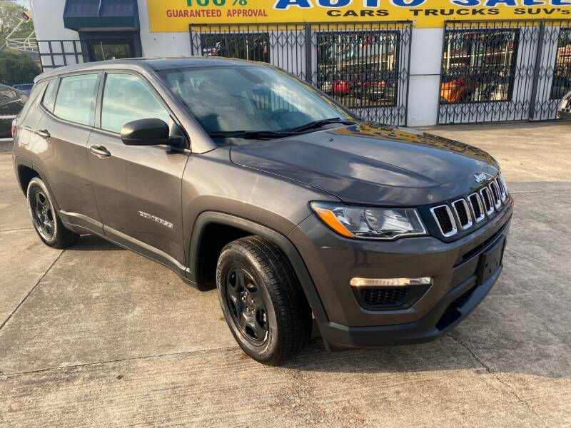 2018 Jeep Compass for sale at Sam's Auto Sales in Houston TX