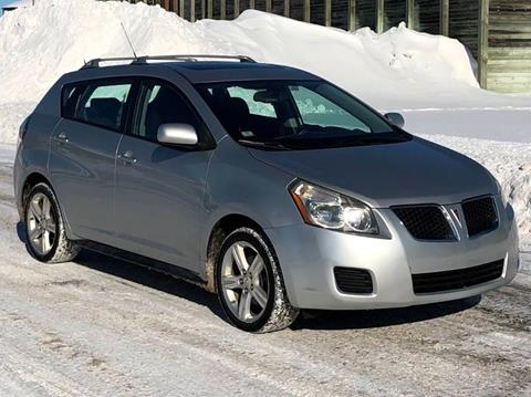 2010 Pontiac Vibe for sale in Cambridge, MN