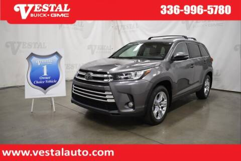 2018 Toyota Highlander for sale at VESTAL BUICK GMC in Kernersville NC