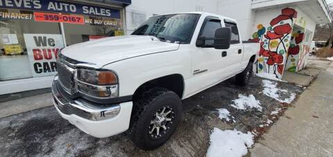 2004 GMC Sierra 2500HD for sale in Madison, WI