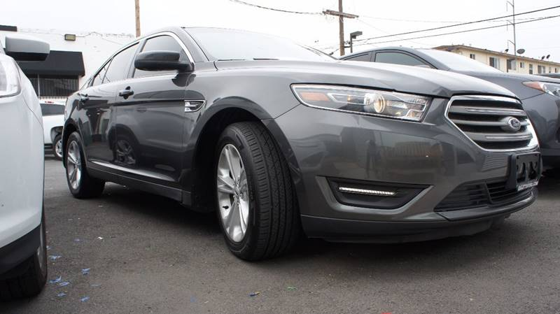 2015 Ford Taurus for sale at United Automotive Network in Inglewood CA