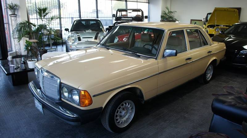 1981 Mercedes-Benz E-Class for sale at United Automotive Network in Los Angeles CA