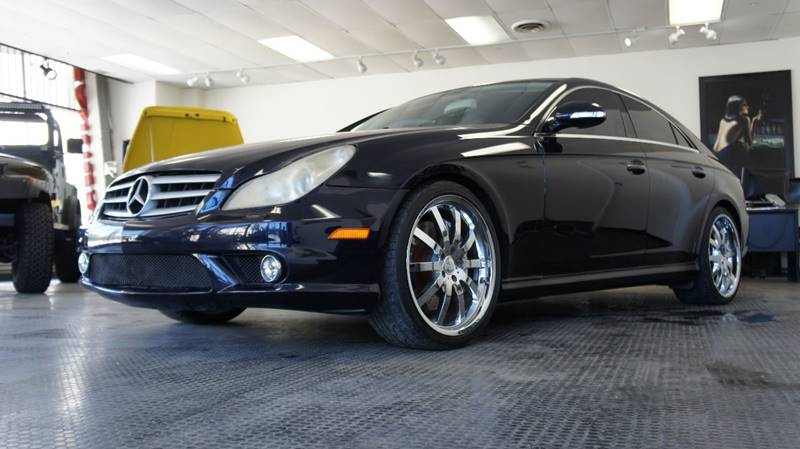 2006 Mercedes-Benz CLS for sale at United Automotive Network in Los Angeles CA