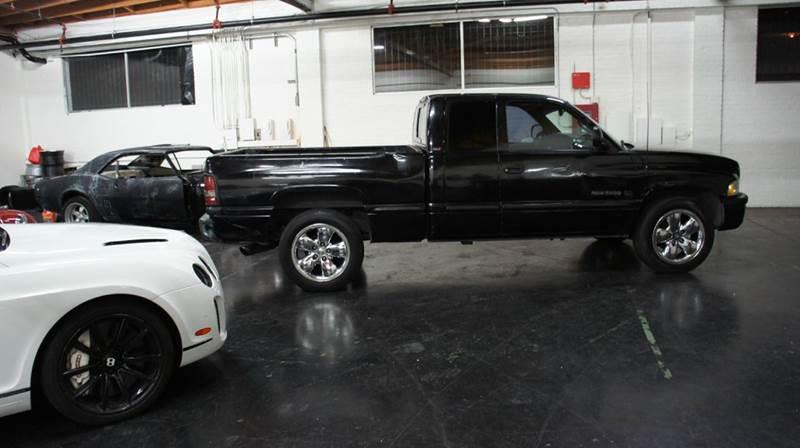 1998 Dodge Ram Pickup 1500 for sale at United Automotive Network in Inglewood CA
