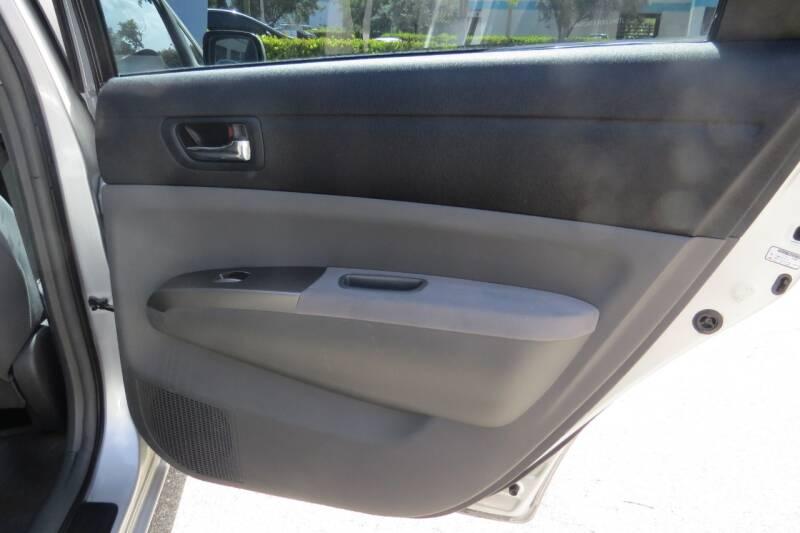 2008 Toyota Prius Touring 4dr Hatchback - Boynton Beach FL