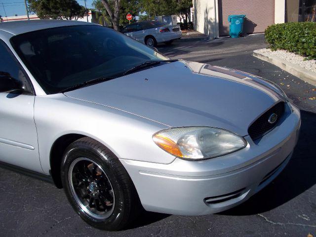 2007 Ford Taurus Radio Antenna