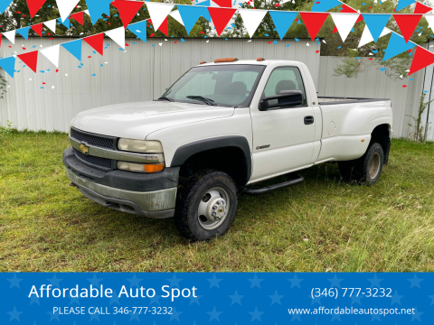2001 Chevrolet Silverado 3500 for sale at Affordable Auto Spot in Houston TX