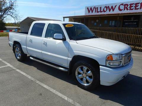2006 GMC Sierra 1500 for sale at Willow Creek Auto Sales in Knoxville TN