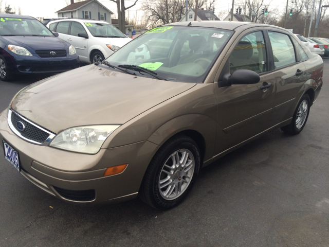 2005 ford focus zx4 sedan recalls