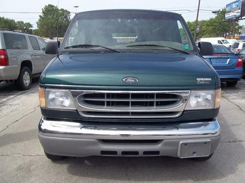 2001 Ford E-150 for sale in Toledo, OH