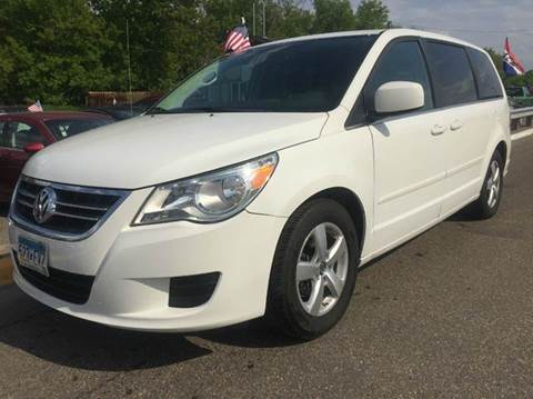 2009 Volkswagen Routan for sale at LUXURY IMPORTS AUTO SALES INC in North Branch MN